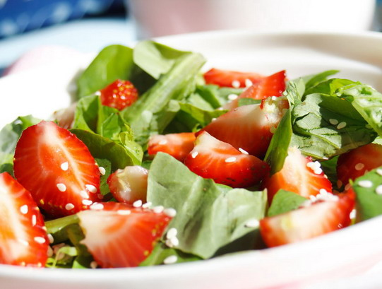 zemenu salaati